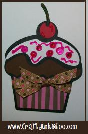 Cricut Project ~ Video #26 – Basic Layering with Hello Kitty Greetings Cupcake