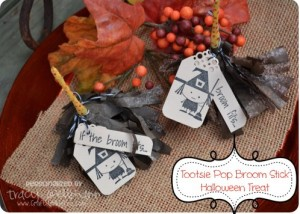Tootsie Pop Broom Stick {Halloween Treats}