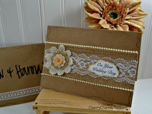♥ Burlap and Lace Wedding Card
