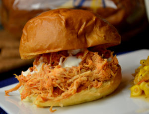♥ Crock Pot Buffalo Chicken Sandwiches