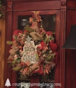 Rustic Jolly Tree Deco Mesh Wreath